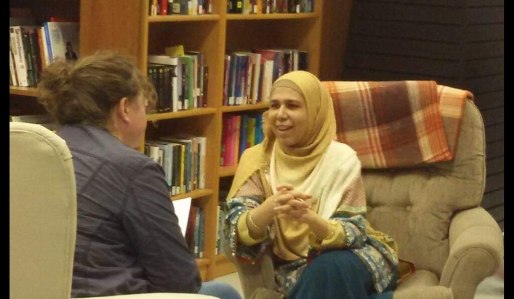 Saima in talks with her reader